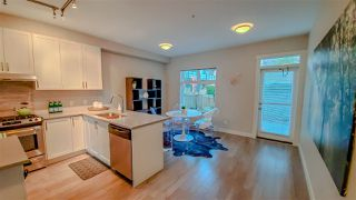 """Photo 3: 38359 SUMMIT'S VIEW Drive in Squamish: Downtown SQ Townhouse for sale in """"Eaglewind Natures Gate"""" : MLS®# R2417115"""