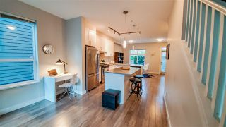 """Photo 8: 38359 SUMMIT'S VIEW Drive in Squamish: Downtown SQ Townhouse for sale in """"Eaglewind Natures Gate"""" : MLS®# R2417115"""