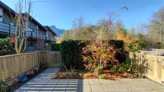 """Photo 1: 38359 SUMMIT'S VIEW Drive in Squamish: Downtown SQ Townhouse for sale in """"Eaglewind Natures Gate"""" : MLS®# R2417115"""