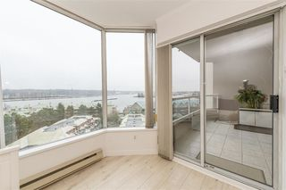 Photo 15: 902 1065 QUAYSIDE Drive in New Westminster: Quay Condo for sale : MLS®# R2425680