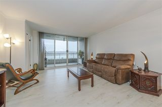 Photo 2: 902 1065 QUAYSIDE Drive in New Westminster: Quay Condo for sale : MLS®# R2425680