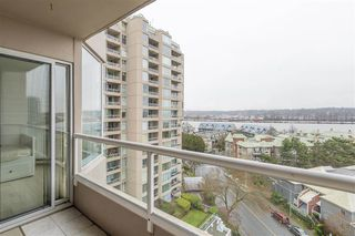 Photo 9: 902 1065 QUAYSIDE Drive in New Westminster: Quay Condo for sale : MLS®# R2425680