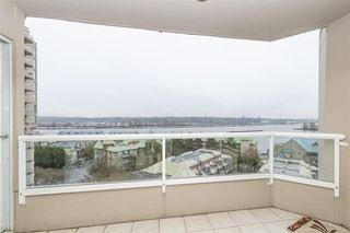 Photo 8: 902 1065 QUAYSIDE Drive in New Westminster: Quay Condo for sale : MLS®# R2425680