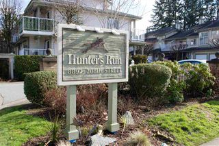 "Photo 1: 57 8892 208 Street in Langley: Walnut Grove Townhouse for sale in ""HUNTER'S RUN"" : MLS®# R2435572"