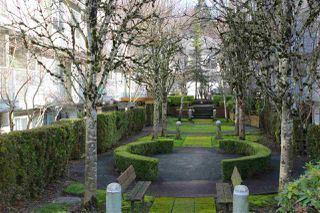 "Photo 3: 57 8892 208 Street in Langley: Walnut Grove Townhouse for sale in ""HUNTER'S RUN"" : MLS®# R2435572"