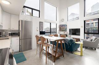 "Photo 4: 404 234 E 5TH Avenue in Vancouver: Mount Pleasant VE Condo for sale in ""Granite Block"" (Vancouver East)  : MLS®# R2435682"