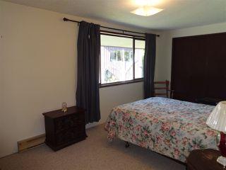"Photo 17: 5772 PEBBLES Crescent in Sechelt: Sechelt District House for sale in ""SECHELT VILLAGE"" (Sunshine Coast)  : MLS®# R2436378"