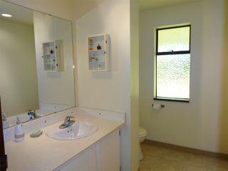 "Photo 13: 5772 PEBBLES Crescent in Sechelt: Sechelt District House for sale in ""SECHELT VILLAGE"" (Sunshine Coast)  : MLS®# R2436378"