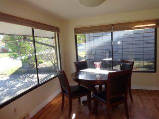 "Photo 10: 5772 PEBBLES Crescent in Sechelt: Sechelt District House for sale in ""SECHELT VILLAGE"" (Sunshine Coast)  : MLS®# R2436378"