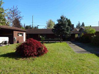 "Photo 4: 5772 PEBBLES Crescent in Sechelt: Sechelt District House for sale in ""SECHELT VILLAGE"" (Sunshine Coast)  : MLS®# R2436378"