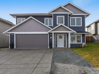 Photo 1: 2585 Kendal Ave in CUMBERLAND: CV Cumberland House for sale (Comox Valley)  : MLS®# 834712