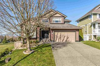 """Main Photo: 18239 CLAYTONHILL Drive in Surrey: Cloverdale BC House for sale in """"Clayton Hill"""" (Cloverdale)  : MLS®# R2446520"""