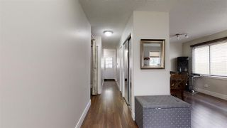 Photo 5: 1900 LAKEWOOD Road S in Edmonton: Zone 29 House for sale : MLS®# E4196547
