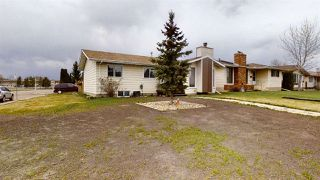 Photo 37: 1900 LAKEWOOD Road S in Edmonton: Zone 29 House for sale : MLS®# E4196547