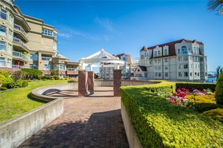 Photo 32: 216 165 Kimta Rd in : VW Songhees Condo Apartment for sale (Victoria West)  : MLS®# 845649