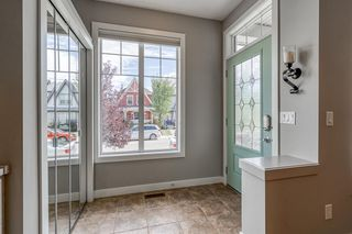 Photo 2: 307 NEW BRIGHTON Landing SE in Calgary: New Brighton Detached for sale : MLS®# A1032067