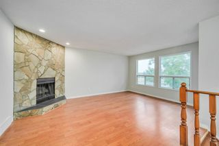 Photo 5: 35 SANDSTONE Drive NW in Calgary: Sandstone Valley Detached for sale : MLS®# A1031986