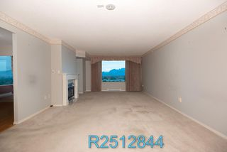 "Photo 8: 812 12148 224 Street in Maple Ridge: East Central Condo for sale in ""Panorama"" : MLS®# R2512844"