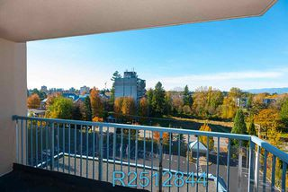 "Photo 19: 812 12148 224 Street in Maple Ridge: East Central Condo for sale in ""Panorama"" : MLS®# R2512844"