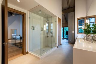 """Photo 12: 7441 TREETOP Lane in Whistler: Nesters House for sale in """"Nesters - Walk to Whistler Village!"""" : MLS®# R2520435"""