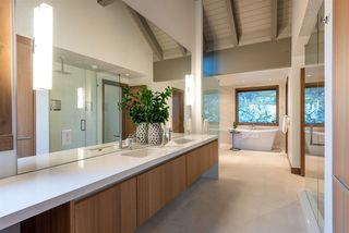 """Photo 13: 7441 TREETOP Lane in Whistler: Nesters House for sale in """"Nesters - Walk to Whistler Village!"""" : MLS®# R2520435"""