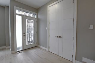 Photo 2: 10548 62 Avenue in Edmonton: Zone 15 House for sale : MLS®# E4222083