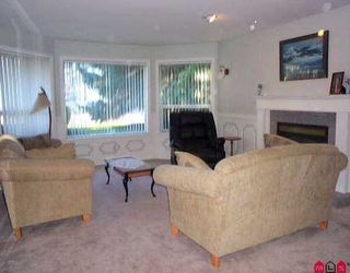"""Photo 2: 16119 90TH AV in Surrey: Fleetwood Tynehead House for sale in """"MAPLE GLEN"""" : MLS®# F2605725"""