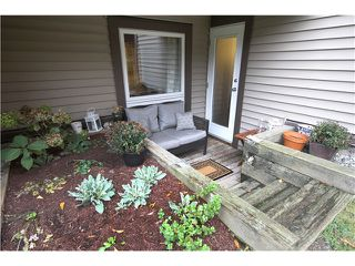 "Photo 9: 109 1040 E BROADWAY in Vancouver: Mount Pleasant VE Condo for sale in ""MARINER MEWS"" (Vancouver East)  : MLS®# V992344"