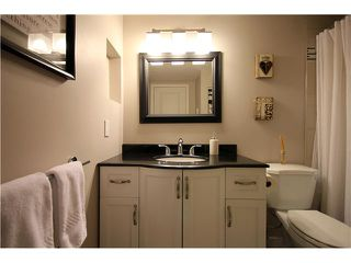 "Photo 7: 109 1040 E BROADWAY in Vancouver: Mount Pleasant VE Condo for sale in ""MARINER MEWS"" (Vancouver East)  : MLS®# V992344"