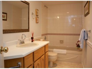 "Photo 7: 321 32853 LANDEAU Place in Abbotsford: Central Abbotsford Condo for sale in ""Park Place"" : MLS®# F1308955"