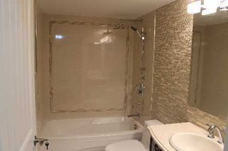 Photo 4: 25 25 Kingsbridge Garden Circle in Mississauga: Hurontario Condo for sale : MLS®# W2630746