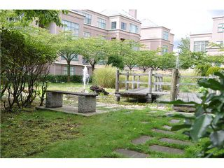 Photo 7: 1A 2483 E 10TH Avenue in Vancouver: Renfrew VE Condo for sale (Vancouver East)  : MLS®# V1023245
