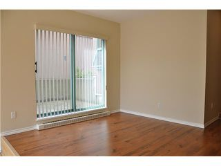 Photo 3: 1A 2483 E 10TH Avenue in Vancouver: Renfrew VE Condo for sale (Vancouver East)  : MLS®# V1023245