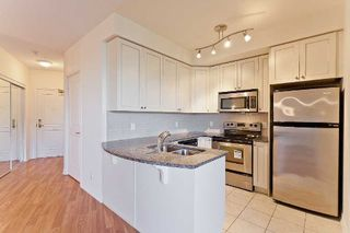 Photo 5: 9225 Jane Street Bellaria Condo For Sale Marie Commisso Vaughan Real Estate