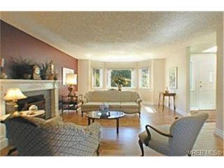 Photo 2: 3292 Jacklin Rd in VICTORIA: La Walfred Single Family Detached for sale (Langford)  : MLS®# 343239