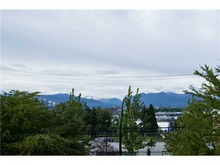Photo 10: #209 440 E 5th AVE in Vancouver: Mount Pleasant VE Condo for sale (Vancouver East)  : MLS®# V1047440