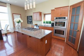 Photo 11: SOLD in : Charlewood Single Family Detached for sale : MLS®# 1529981