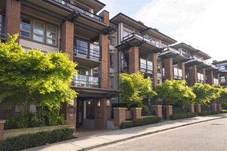 Photo 1: 426 738 E 29TH AVENUE in Vancouver: Fraser VE Condo for sale (Vancouver East)  : MLS®# R2068425