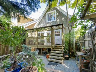 Photo 1: 4197 JOHN STREET in Vancouver: Main House for sale (Vancouver East)  : MLS®# R2074414