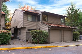 Main Photo: 5886 MAYVIEW CIRCLE in Burnaby: Burnaby Lake Townhouse for sale (Burnaby South)  : MLS®# R2108598