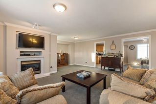 Photo 2: 27227 27a Avenue in Langley: Aldergrove Langley House for sale : MLS®# R2128394