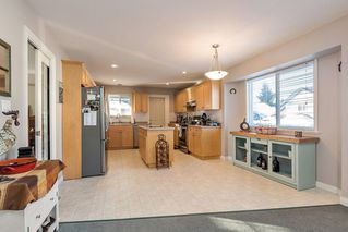 Photo 6: 27227 27a Avenue in Langley: Aldergrove Langley House for sale : MLS®# R2128394