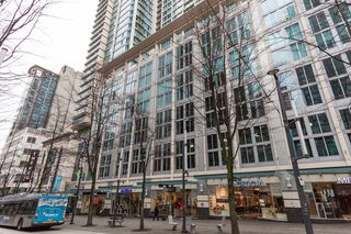 Photo 1: 610 Granville in Vancouver: Dwntown Condo for lease