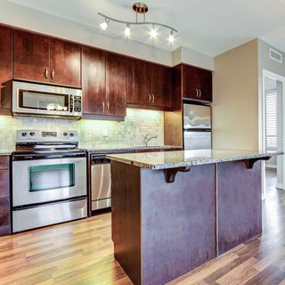 Photo 4: 9225 JANE STREET #512 IN MAPLE VAUGHAN BELLARIA CONDO FOR SALE - $ 598,000
