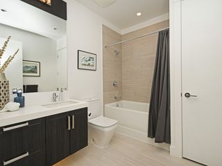 """Photo 14: 318 2307 RANGER Lane in Port Coquitlam: Riverwood Condo for sale in """"FREEMONT GREEN SOUTH"""" : MLS®# R2389519"""