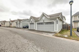 Photo 2: 130 E Carnwith Drive in Whitby: Brooklin Condo for sale : MLS®# E4729358