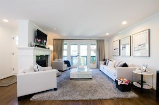 Photo 2:  in Vancouver: Kitsilano House 1/2 Duplex for sale (Vancouver West)  : MLS®# R2467366