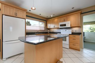 Photo 7: 2908 Stubbs Pl in : SW Gorge House for sale (Saanich West)  : MLS®# 851600
