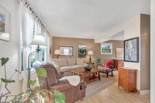 Photo 7: 1141 REGAL Crescent NE in Calgary: Renfrew Detached for sale : MLS®# A1027366