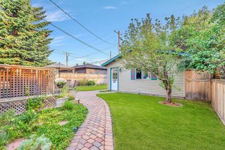 Photo 5: 1141 REGAL Crescent NE in Calgary: Renfrew Detached for sale : MLS®# A1027366